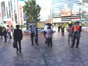 盗難防止の日大宮駅2610073